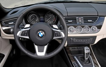 BMW Z4 sDrive35i Roadster India price, photo and ...