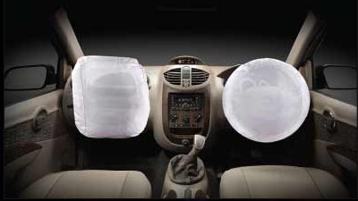Airbags an option on Mahindra Xylo E8