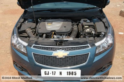 chevrolet cruze engine photo