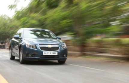 chevrolet cruze road test photo