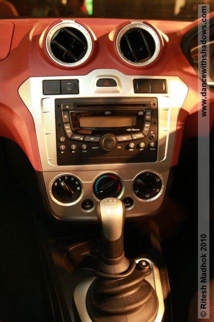 ford figo photo gallery console