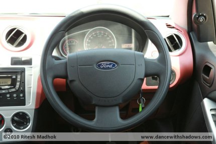 ford figo steering photo during road test
