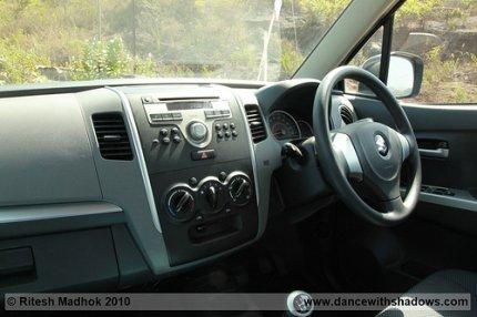 new wagonr interior photo