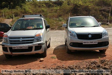 New Maruti WagonR with the older one photo
