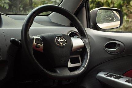 etios steering wheel photo
