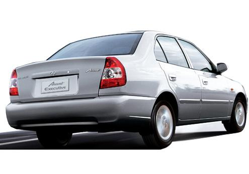 hyundai accent rear photo