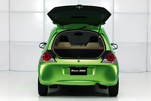 honda brio boot photo
