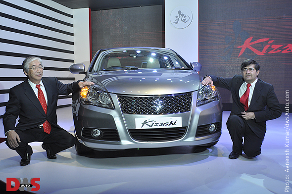 Photo of Shinzo Nakanishi and Mayank Parekh with the Suzuki Kizashi