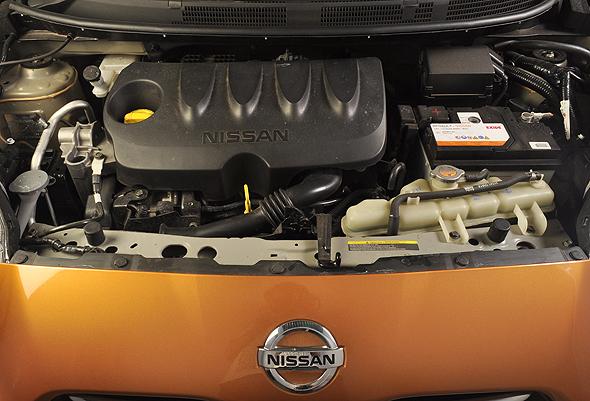 nisan micra engine photo