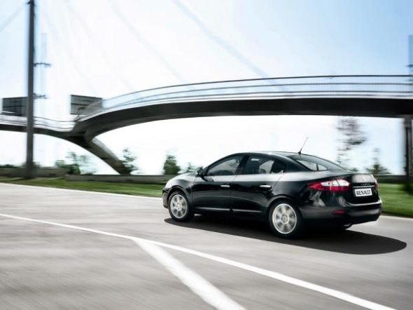 renault fluence photo 2