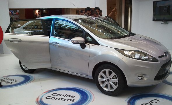 2011 Ford Fiesta pic