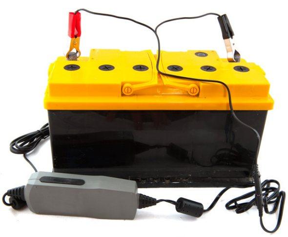 car battery maintenance tips