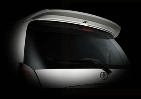 innova crysta rear spoiler photo