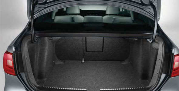 jetta boot space photo