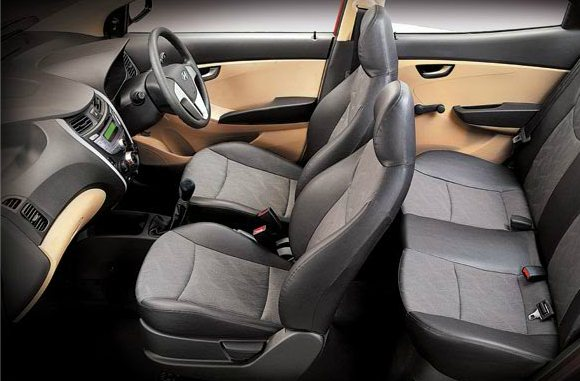 hyundai eon photo gallery 9 features and gadgets of the hyundai eon small car in india that. Black Bedroom Furniture Sets. Home Design Ideas