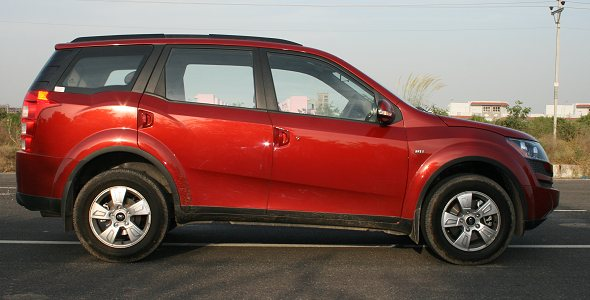 mahindra xuv500 side photo gallery