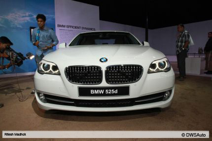 Bmw 523i In India Priced Rs 40 Lac Bmw 535i 525d And 530d 5 Series Cars Launched
