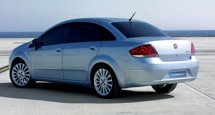 Fiat Linea priced at 6.20 to 9 lakh