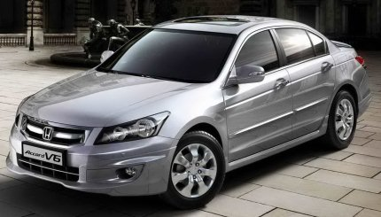 Honda Accord 3.5L V6 with sunroof launched