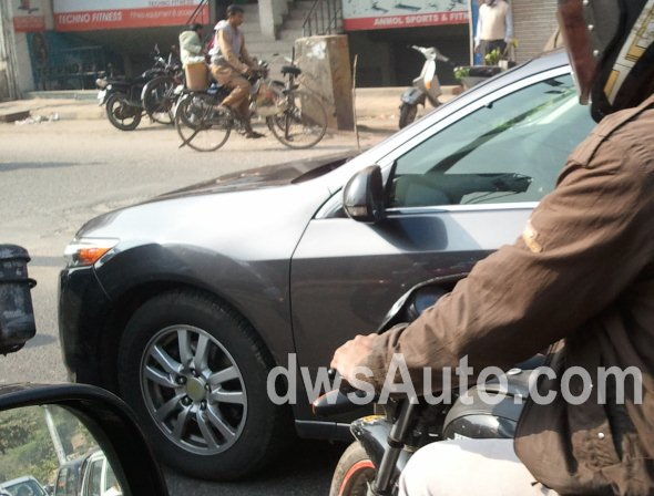 SPY SHOTS: Is this the 2011/12 Honda Civic?