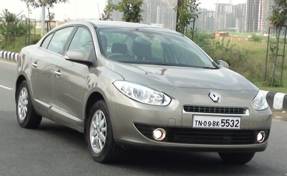 Toyota's new Corolla Altis AT G9HV) takes on the Renault Fluence AT