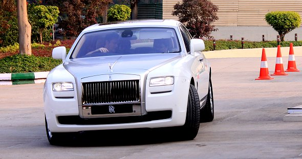 We drive the Rolls Royce Ghost!