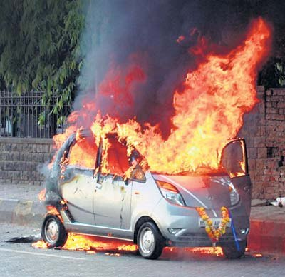 Another Tata Nano catches fire!