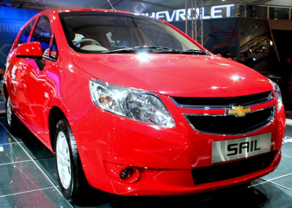chevroelt sail hatchback photo