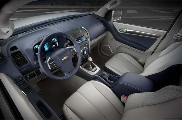 chevrolet trailblazer interiors