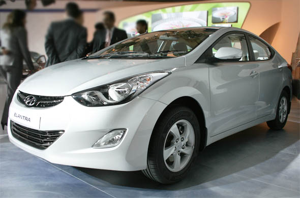 hyundai elantra side profile