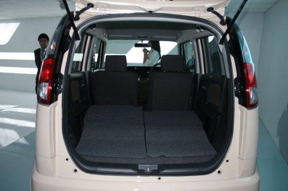 maruti suzuki mr wagon rear photo from auto expo 2012