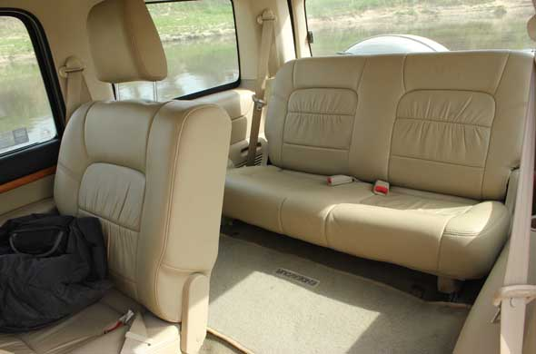 Ford Endeavour Limousine Ford Endeavour Interiors