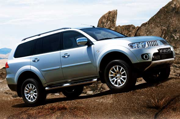 pajero sport front right