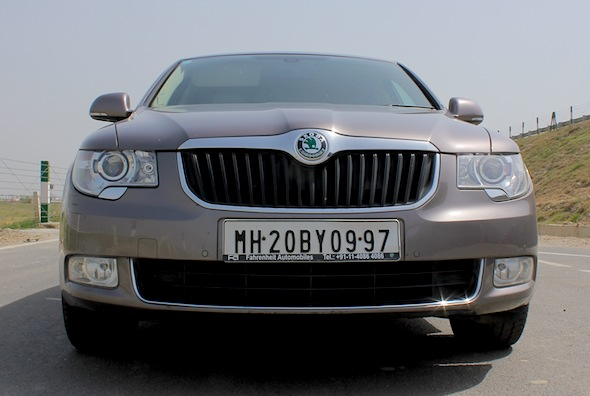 skoda super front grille headlamps