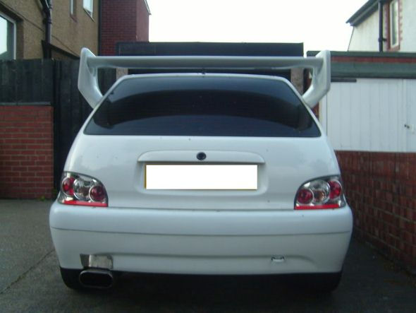 car huge spoiler mod photo