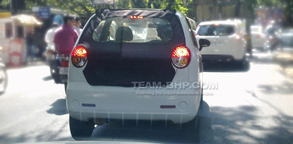 chevrolet spark 800cc spy photo