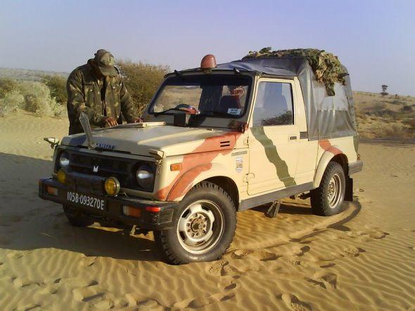 maruti gypsy army photo