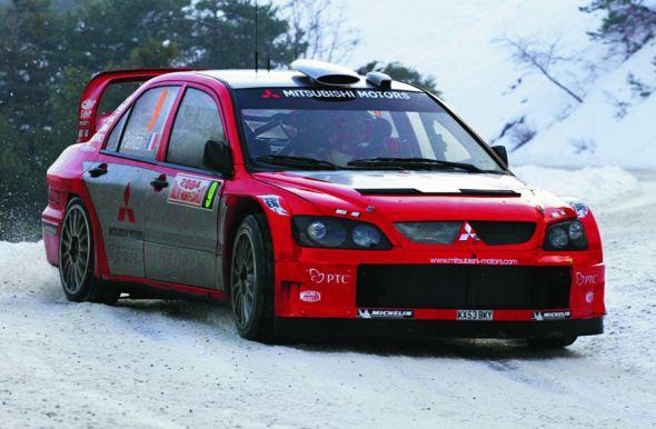 mitsubishi lancer rally car photo
