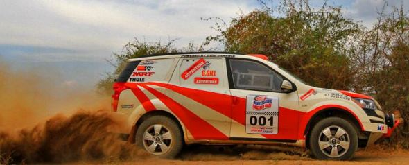 xuv500 rally car photo