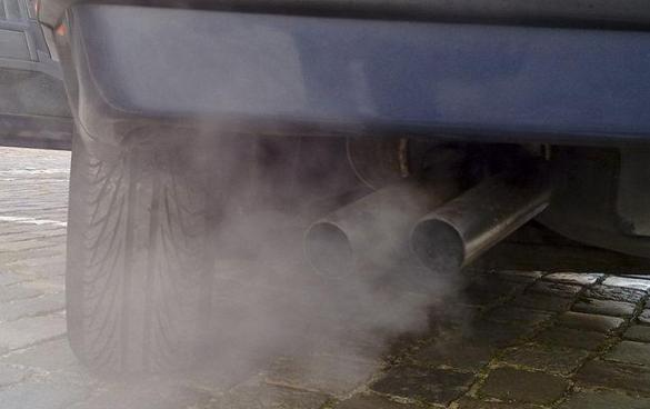 Black smoke or white smoke from exhaust: What's wrong with your car?