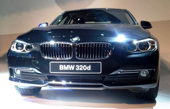 bmw-3-series-front-photo
