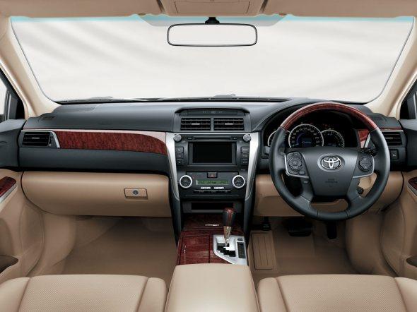 2012-toyota-camry-interiors