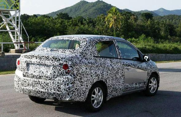 Honda Brio-sedan-photo