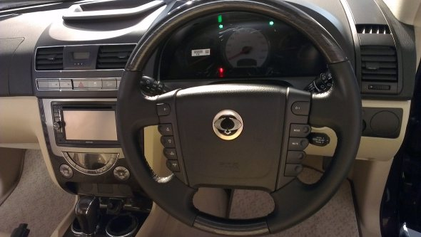 mahindra rexton steering wheel