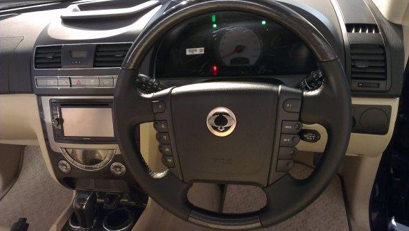 mahindra rexton steering wheel