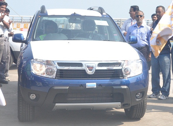dacia-duster-export-photo