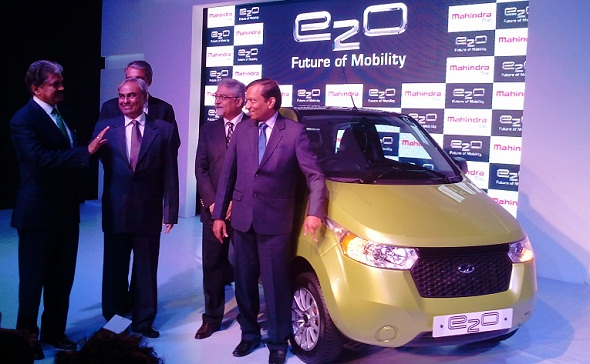 mahindra e2o launch photo