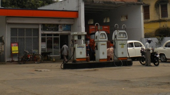 Petrol Pump on Fuel Filter Symptoms