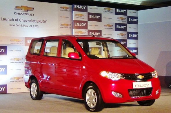 Chevrolet launches Enjoy MPV, prices it brilliantly between Rs. 5.49 lakh and Rs. 7.99 lakh!
