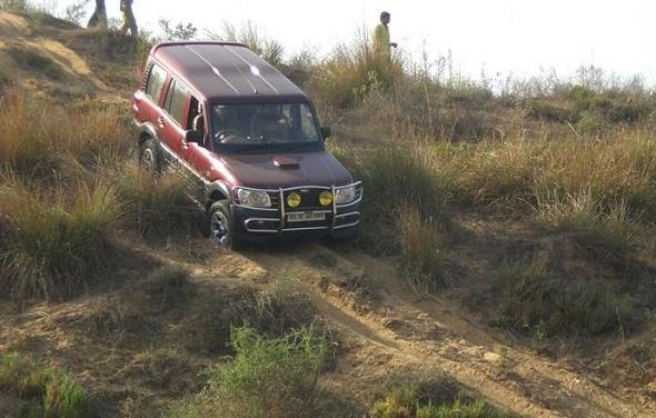 Mahindra Scorpio Off Roading Pic